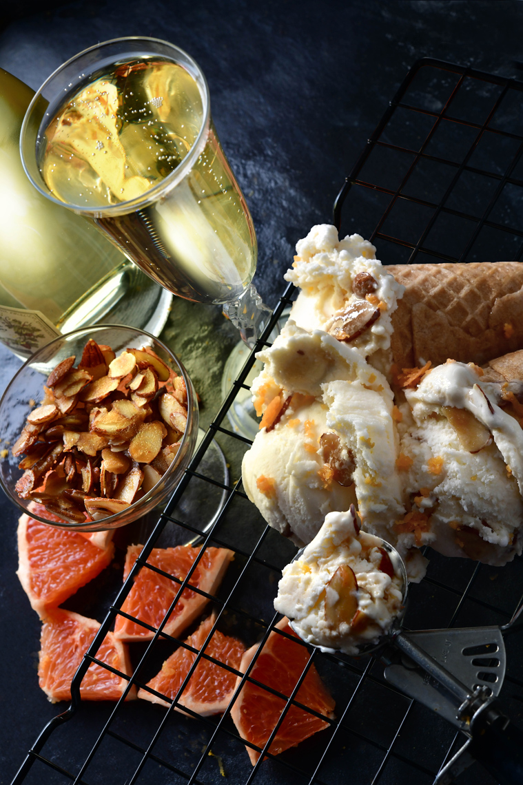 mike wepplo natural photography champagne with ice cream cones