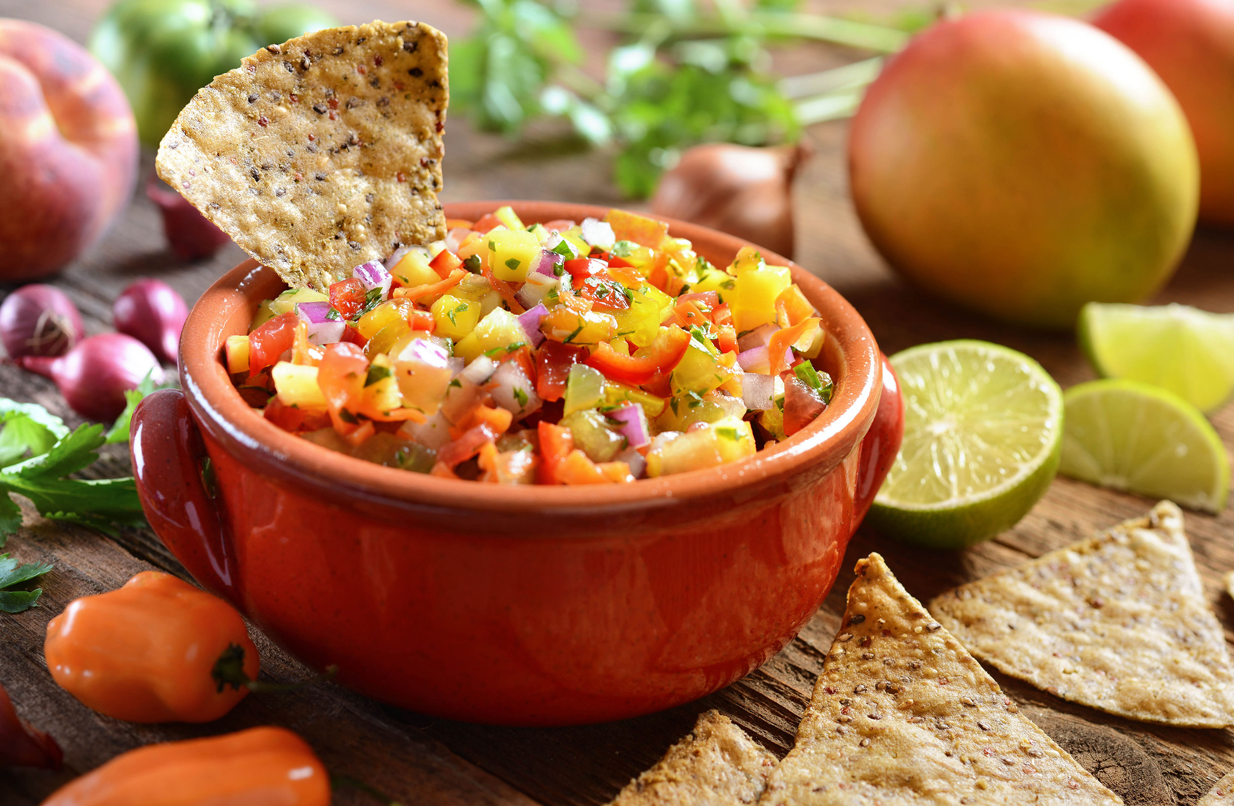 mike wepplo natural photography chips and tropical salsa