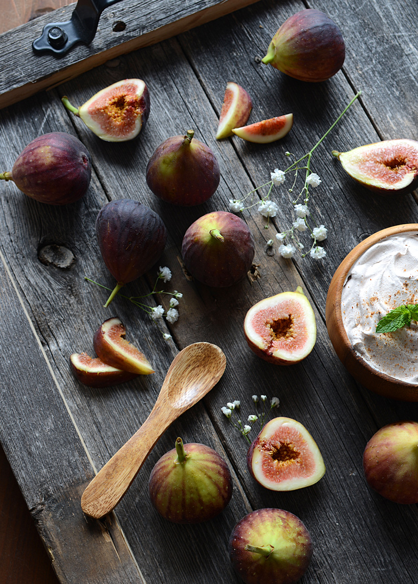 mike wepplo natural photography whole and sliced figs