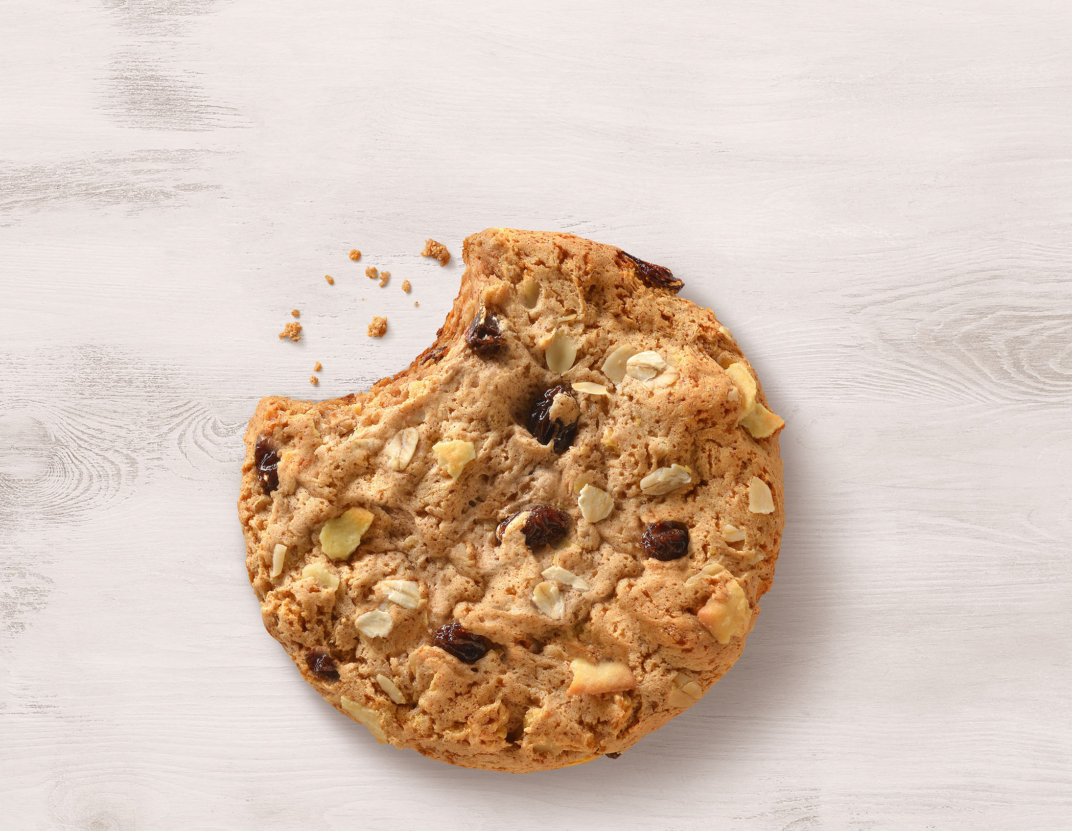 mike wepplo photoreal photography chocolate chip oatmeal raisin cookie