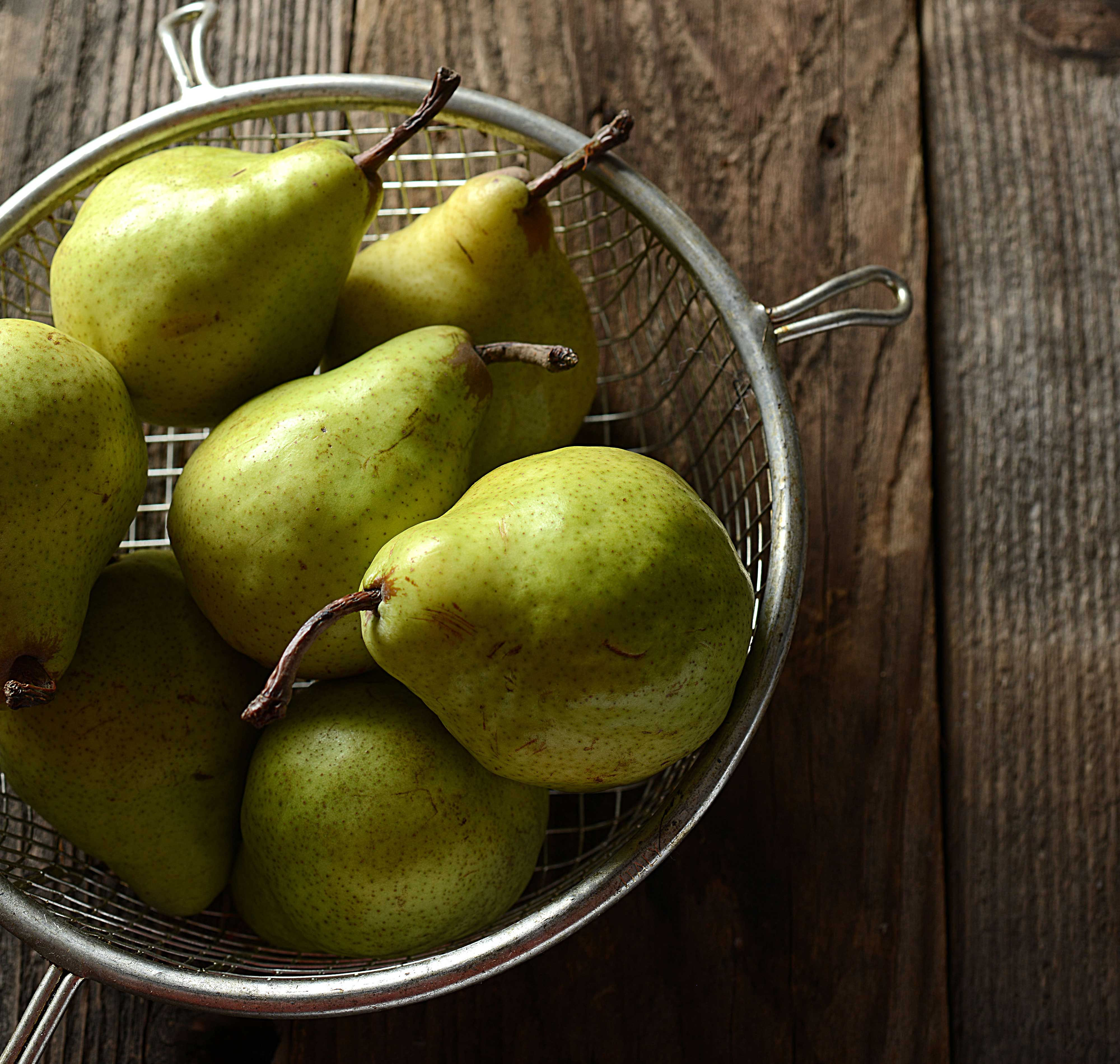 mike wepplo natural photography pears