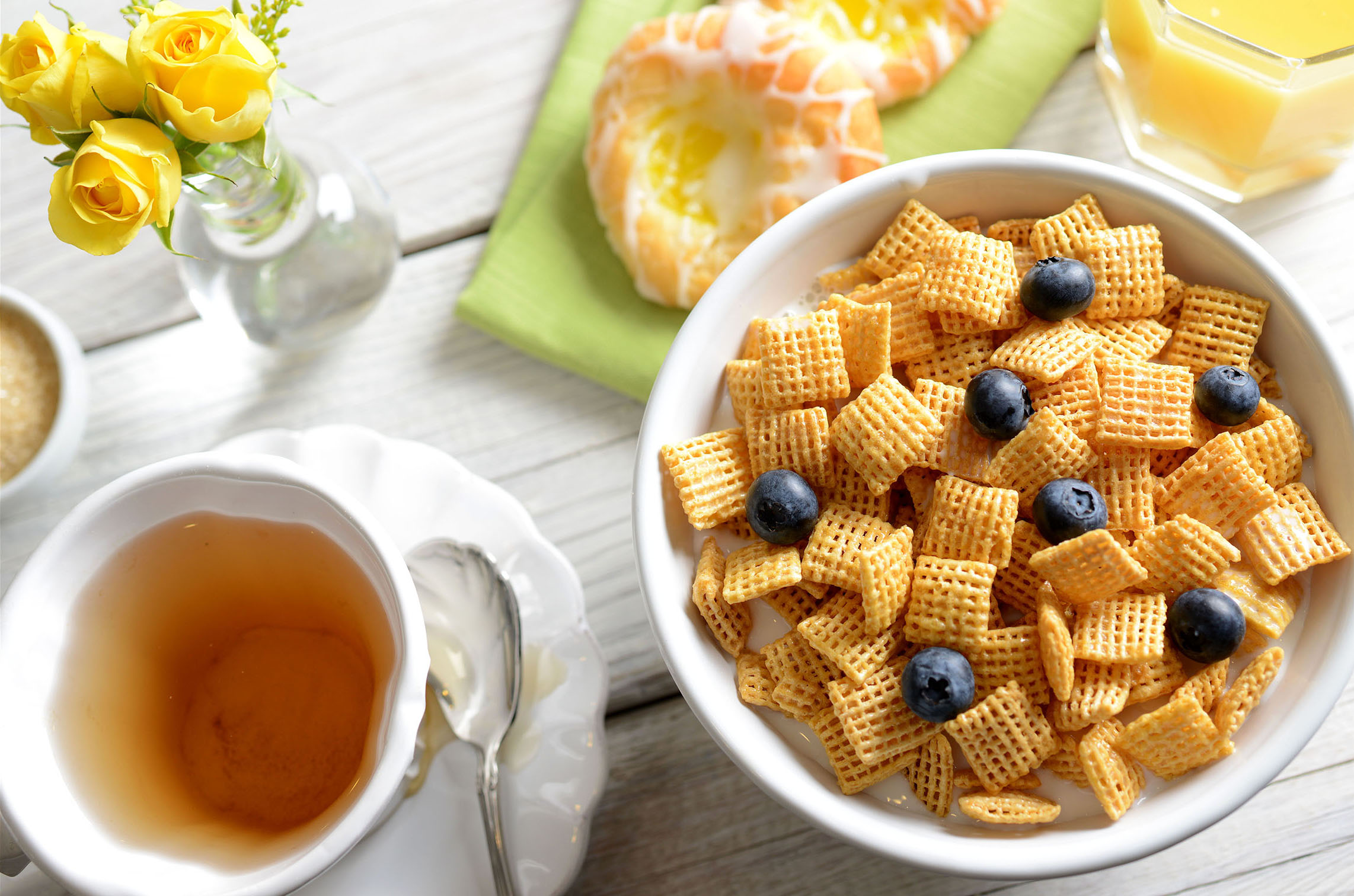mike wepplo natural photography breakfast chex cereal with blueberries and pasties