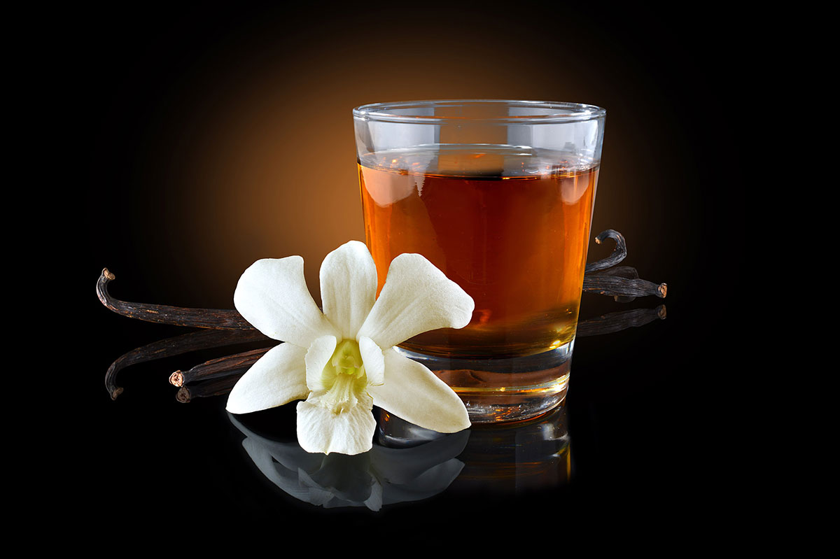 mike wepplo natural photography drink with vanilla flower