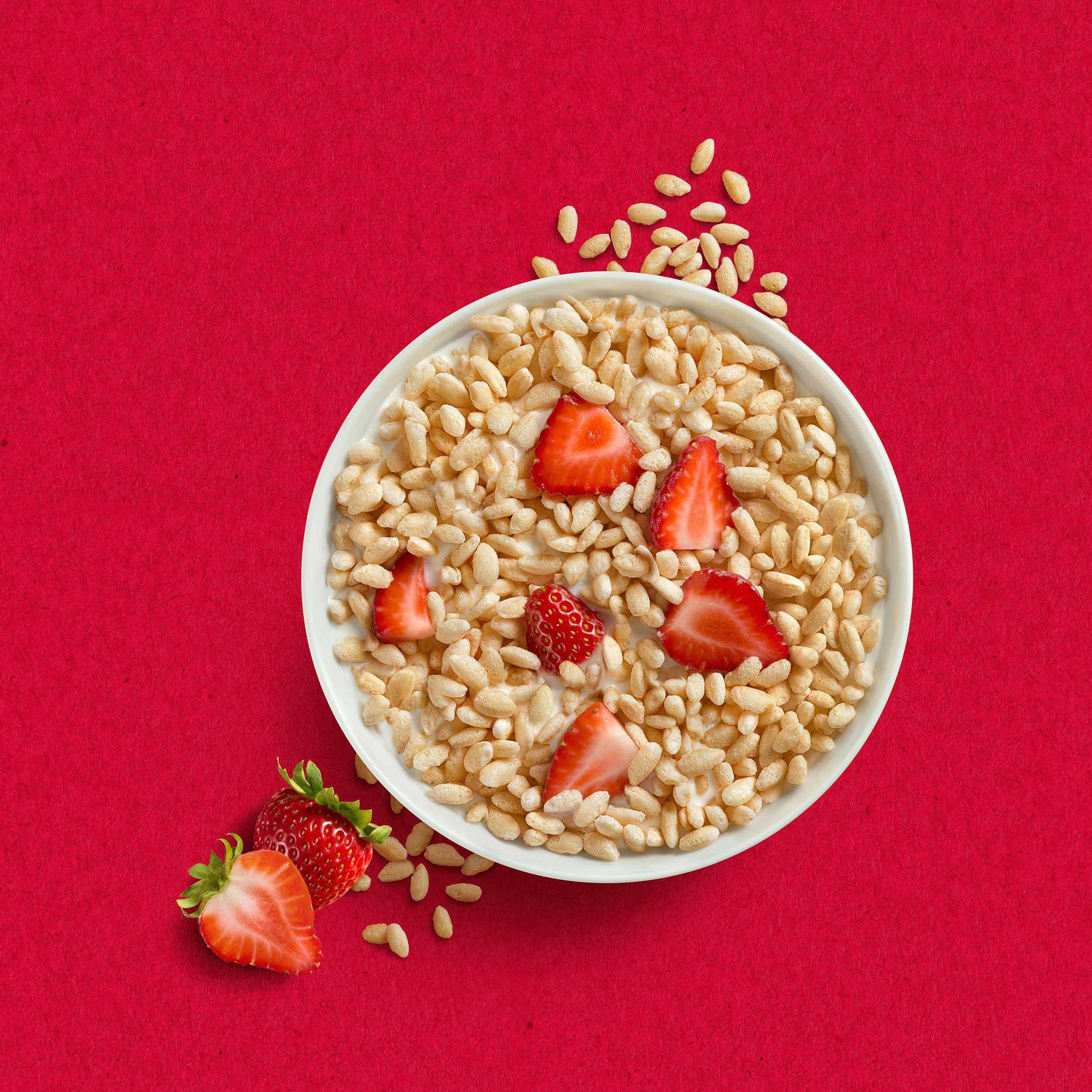 mike wepplo photoreal photography quaker oats strawberry puff cereal in bowl